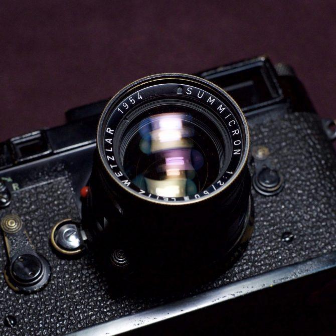 "Leica Summicron 50/2 v2 Black Paint Rigid ""Red Scale"""