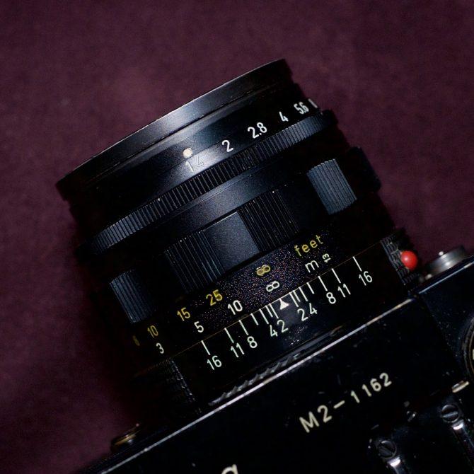 Leica Summilux 50/1.4 v2 Black Paint Yellow Scale
