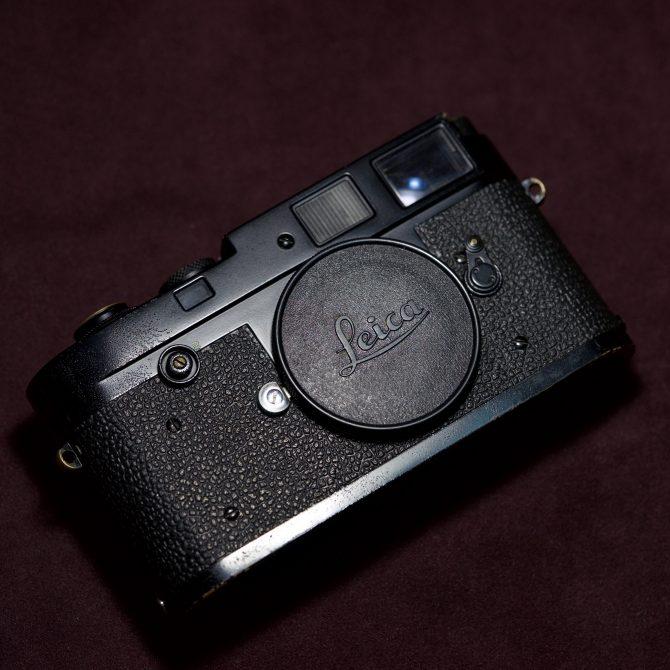 """大珍品 Leica M2 """"Button"""" Black Paint """"948"""" first batch"""